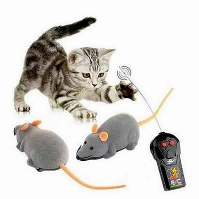 تصویر اسباب بازی موش کنترلی مخصوص گربه - رنگ قهوه ای