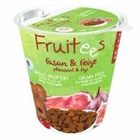 تصویر غذای تشویقی مخصوص سگ Bosch مدل Fruitees با طعم قرقاول و انجیر - 200 گرم